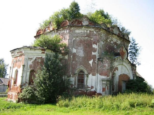 Покровская церковь с. Большой Селег Красногорского района.
