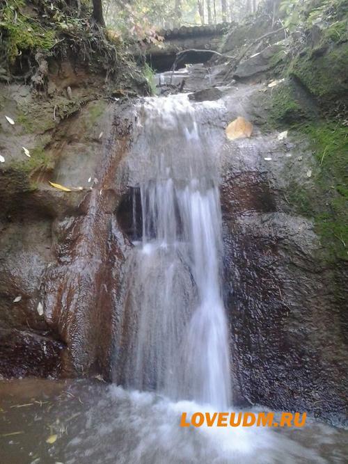 Нечкинский водопад