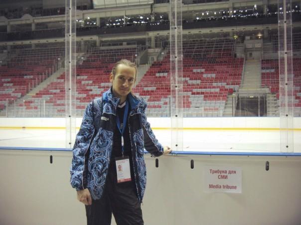 «Большой ледовый». Скоро здесь будут хоккейные олимпийские баталии!