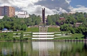 лестница к монументу
