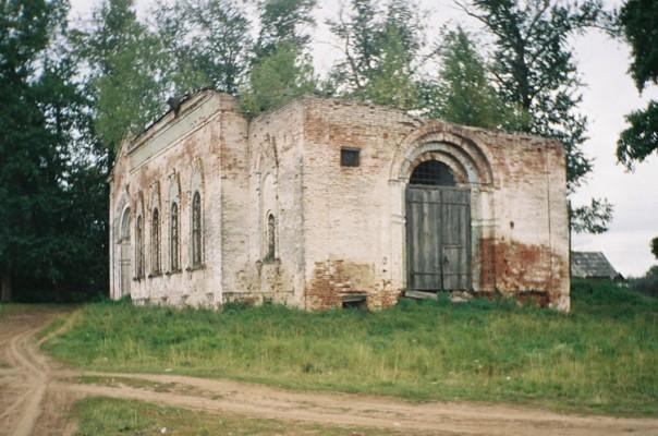 село Копки, Селтинский район. Церковь Троицы Живоначальной.
