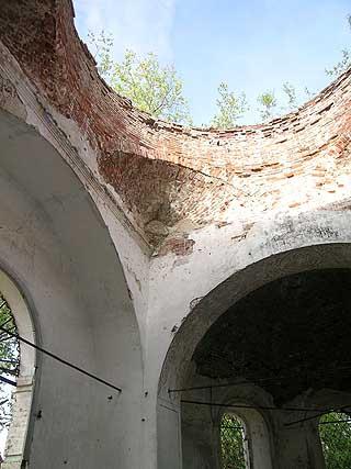 село Копки, Селтинский район. Церковь Троицы Живоначальной