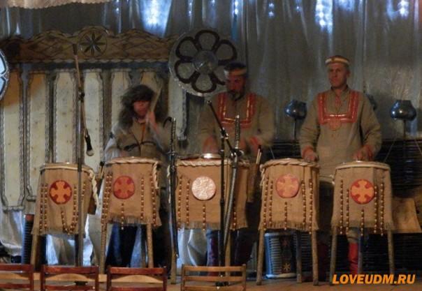 шоу барабанов